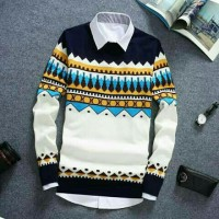 naza white sweater