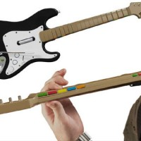 ROCK BAND : WIRELESS STRATOCASTER GUITAR CONTROLLER FOR PS3