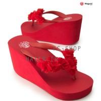 Harga sandal jepit sandal wanita wedges wanita merah polos megumi | Pembandingharga.com