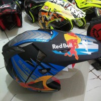 helm half face semicross jpr red bull