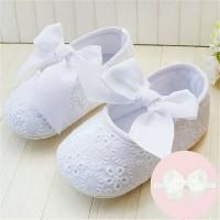 Sepatu Bayi Perempuan Prewalker Pita Putih