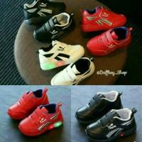 Sepatu Anak Puma Led / lampu