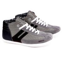 harga Sepatu Casual Sneakers Wanita Gaya / Sepatu Distro Obral Murah Garucci Tokopedia.com