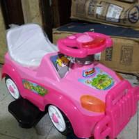 mainan mobil anak pink
