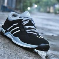 6b20baba44c1a Sepatu Sport Adidas Terrex Boost Grade Ori   olahraga j Diskon