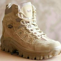 harga Sepatu Pria Tag Royale Desert Tactical Boots 8 Made Usa Tokopedia.com
