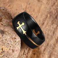 Cincin Hitam dengan Salib Emas / Perak di tengah untuk Pria dan Wanita