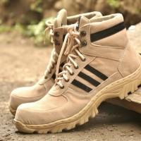 sepatu boot safety adidas tracking list hitam