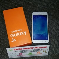 SAMSUNG GALAXY J5 DUOS 4G LTE SECOND 1000% LIKE NEW