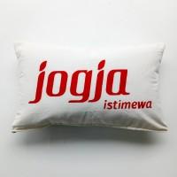 Quote cushion cover - Jogja Istimewa (Sarung bantal sofa)