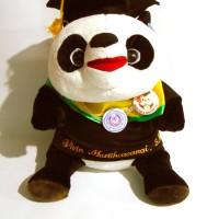 Boneka wisuda panda bordir nama di baju tidak akan luntur