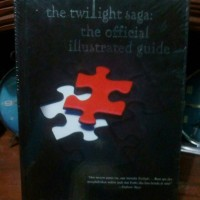 THE TWILIGHT SAGA:THE OFFICIAL ILLUSTRATED GUIDE