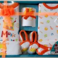 Baby Gift Set / Kado Lahiran Anak / Paket Perlengkapan Bayi Baru Lahir