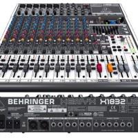 Mixer Behringer Xenyx X1832 USB
