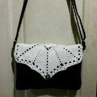 crochet classic sling bag