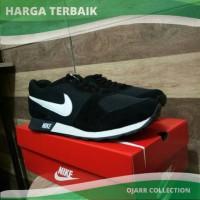 Jual Sepatu Nike MD Runner Waffle Trainer Man Pria Cowo Laki Hitam Putih Murah