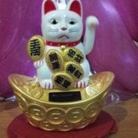 Jual patung kucing maneki neko Murah