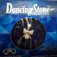 Liontin Dancing Stone Ribbon Emas Putih Kadar 75