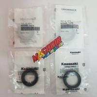 1 Set Sil/Seal Kruk As Ninja 2T R/RR Original Kawasaki