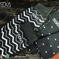 Kaos kaki Soka Essentials Tribal - Soka Jempol Pendek Motif