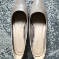 Sepatu Wanita URBAN & CO