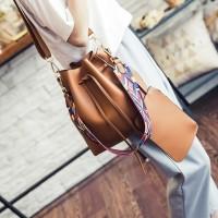 Jual Handbag Tas Serut Import Korea Bahan Kulit PU 2 in 1 - AS1680  Murah Murah
