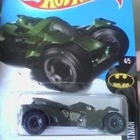 Jual diecast hotwheels batman arkham knight batmobile Murah