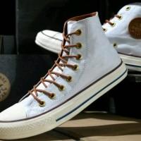 Sepatu Converse high warna Putih