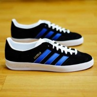 Adidas Gazelle Indoor Black Blue BNWT Original size 42