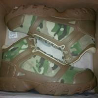 sepatu under armour mc
