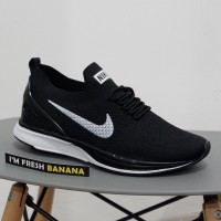 Sepatu Running Nike Flyknit Racer Racing Black White Grey Oreo Hitam