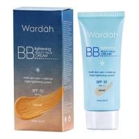 Kosmetik Wardah Lightening BB Cream SPF 32 30ml (Light/Natural)