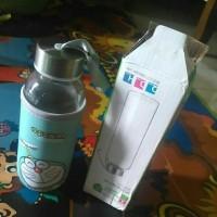Botol Minum Kaca Dengan Handle Sarung Karakter
