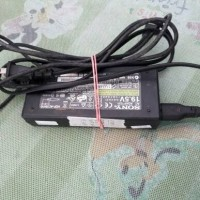 adaptor ori laptop sony vaio (bekas)
