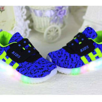 harga Sz 26-30 Sepatu Anak Lampu Led Import Model Adidas Yezi Loreng Biru Tokopedia.com