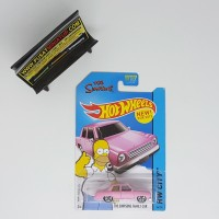 THE SIMPSONS FAMILY CAR - SKALA 64 - HOTWHEELS BASIC CARS (DIECAST)