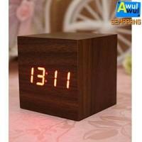Jam Alarm LED Unik Motif Kayu dengan Fitur Temperature & 3 Alarm