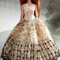 Pajangan Mainan Anak Dewasa Boneka Barbie + Gaun + Tiang Set