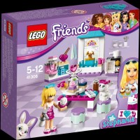 LEGO Friends Stephanie Friendship Cakes