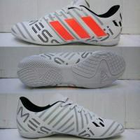 88bcd58b5e8 Sepatu Futsal Adidas Nemeziz Messi 17 Putih-Grey list Oren Grade Ori