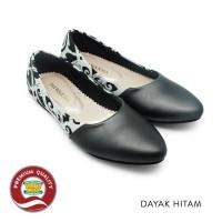 Sepatu Batik Wanita Ethnic Flat Shoes Dayak Hitam The Warna Original