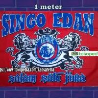 Bendera Arema Singa edan terkeren