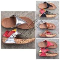 Jual  Sandal Jepit Wanita Fitflop The Skinny in Leather GROSIR dan T1310 Murah