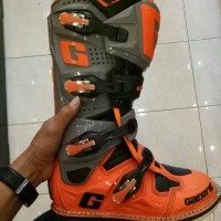 Boot GAERNE SG 12