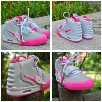 Sepatu Nike Yezzy Women Orginal Dance Berkualitas
