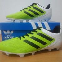 sepatu sepak bola pria adidas copa hijau putih terbaru