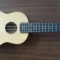 Jual ukulele soprano