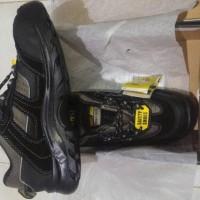 sepatu safety shoes jogger jumper s3 uk 44