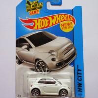 Hot Wheels / Hotwheels Fiat 500 putih