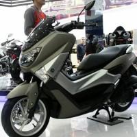 Motor Yanaha N - Max Matte Grey Ready stock cash atau kredit